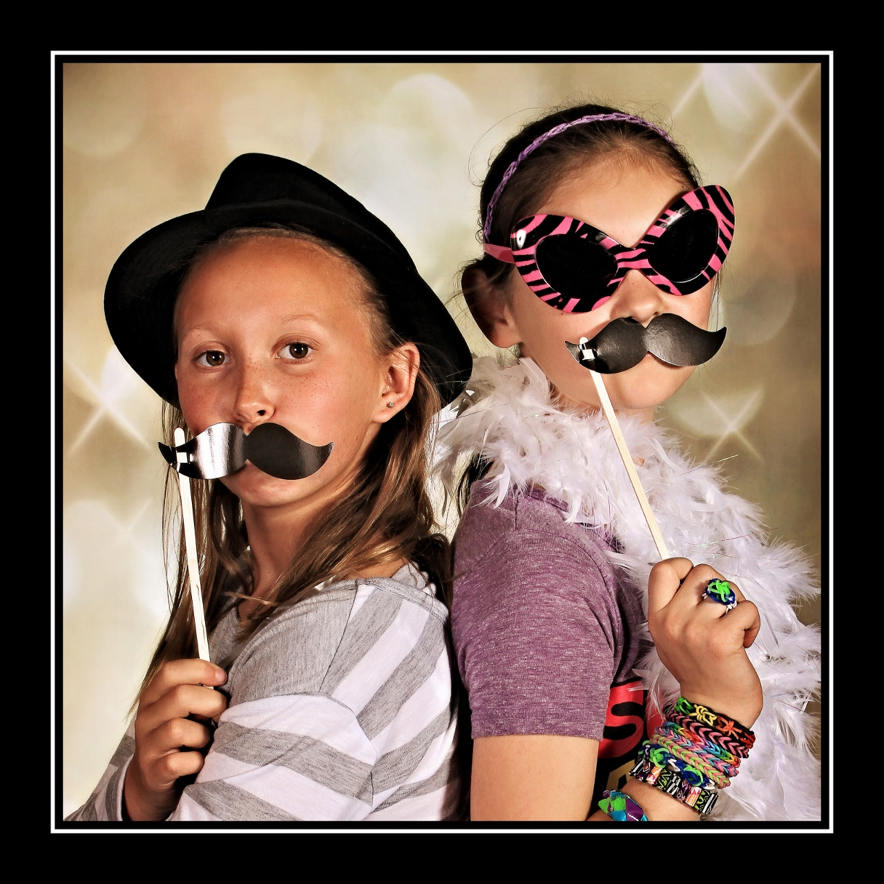 Photo Booth Fun, Santa Barbara Children's Photographer, Family Photographer in Santa Barbara, Cute Kids Photography in Santa Barbara