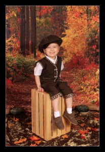preschool photos for fall with Busy Bee Portraits